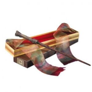 Hůlka Harry Potter v krabičce od Olivandera