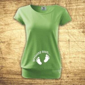 Těhotenské tričko s potiskem Arriving soon